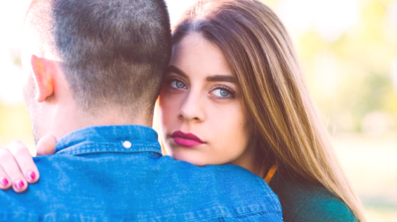 Handle a Partner Who Leaves You for Someone Else
